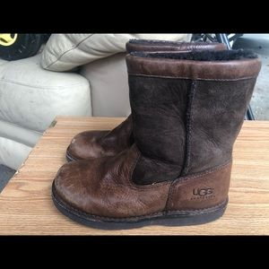 UGG Brown Leather Sheepskin Winter Boots Size 4
